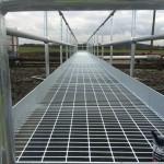 Open mesh floor walkway